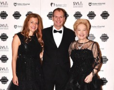 30th SIGNATURE BALL in Support of the SUSAN ALBERTI MEDICAL RESEARCH FOUNDATION CROWN Palladium Ballroom, Southbank Melbourne, Saturday 22nd August 2015 PLEASE CREDIT 2015 JIM LEE PHOTO